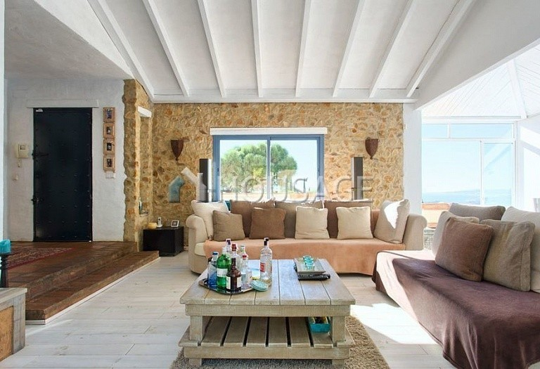 Villa for sale in Estepona, Spain, 560 m² - photo 2