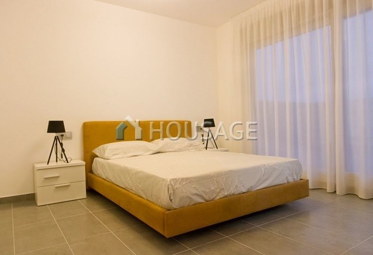 3 bed villa for sale in Pilar de la Horadada, Spain, 200 m² - photo 7
