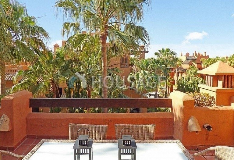 Flat for sale in Puerto Banus, Marbella, Spain, 177 m² - photo 7