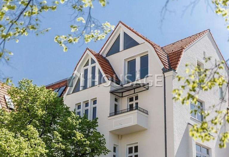 2 bed flat for sale in Neukölln, Berlin, Germany, 104 m² - photo 2