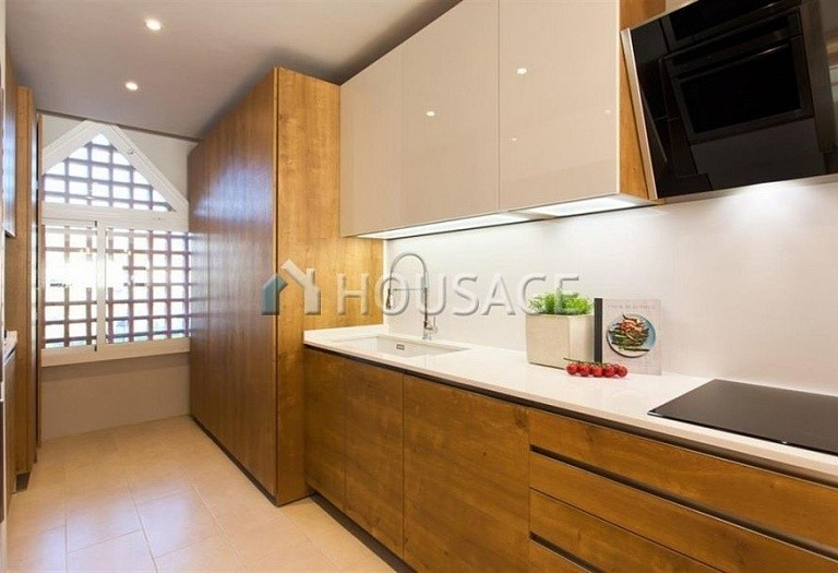 Apartment for sale in Benahavis, Spain, 192 m² - photo 9