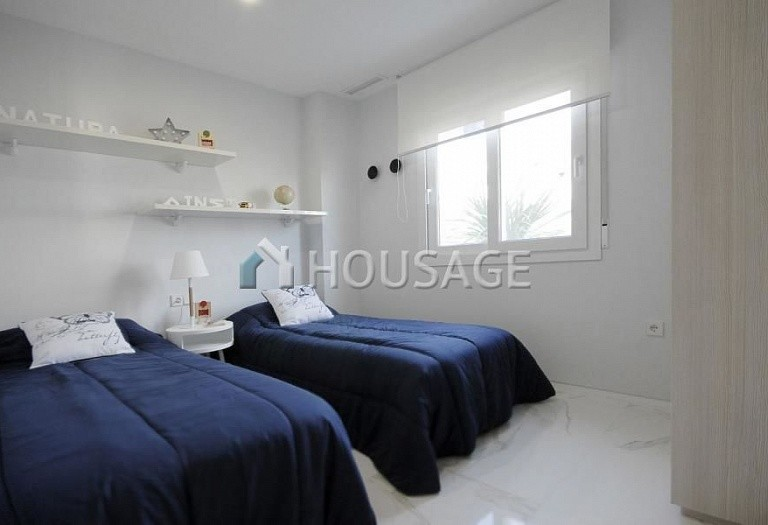 2 bed apartment for sale in La-Marina, Spain, 66 m² - photo 4