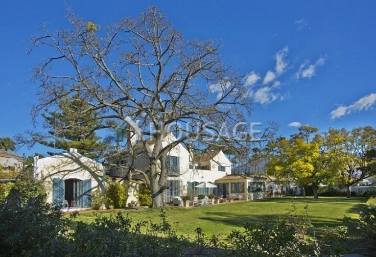 Villa for sale in Nueva Andalucia, Marbella, Spain, 499 m² - photo 3