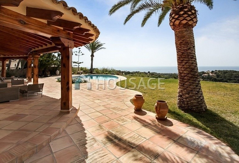 2 bed villa for sale in Altea, Spain, 350 m² - photo 2