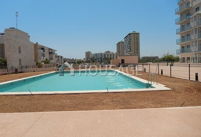 3 bed flat for sale in El Puig, Spain, 112 m² - photo 2