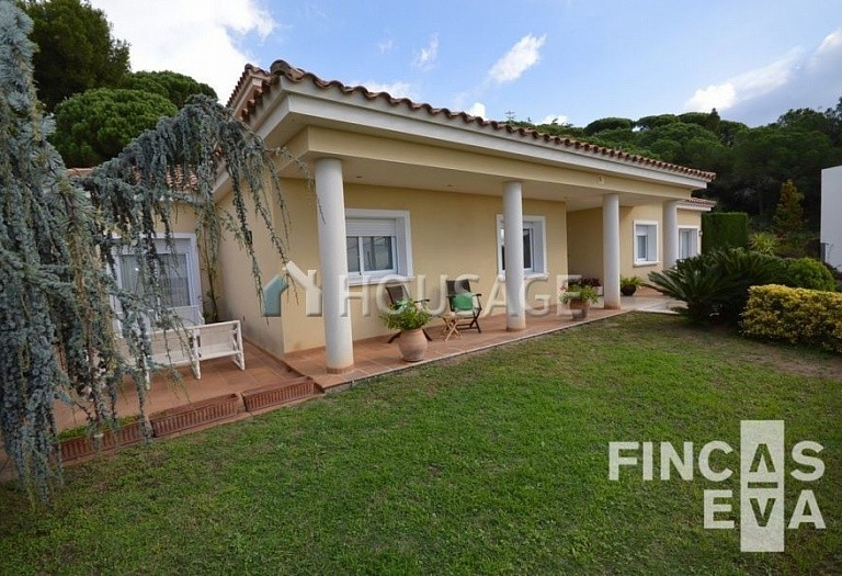 5 bed villa for sale in Premia de Dalt, Spain, 438 m² - photo 5