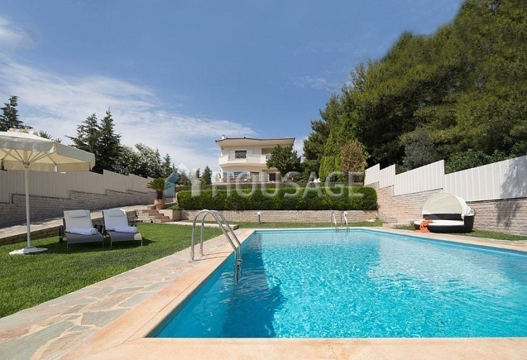 3 bed villa for sale in Athens, Greece, 250 m² - photo 1