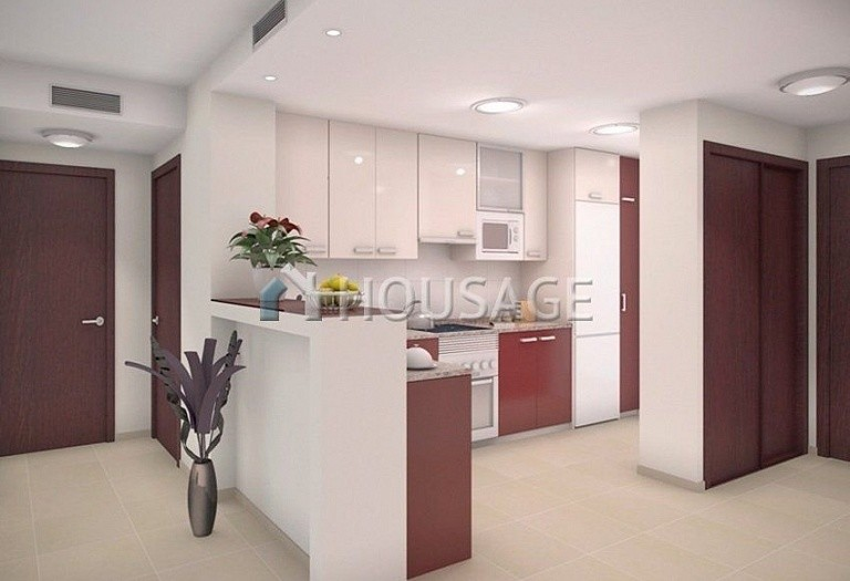 2 bed apartment for sale in Orihuela Costa, Spain - photo 2