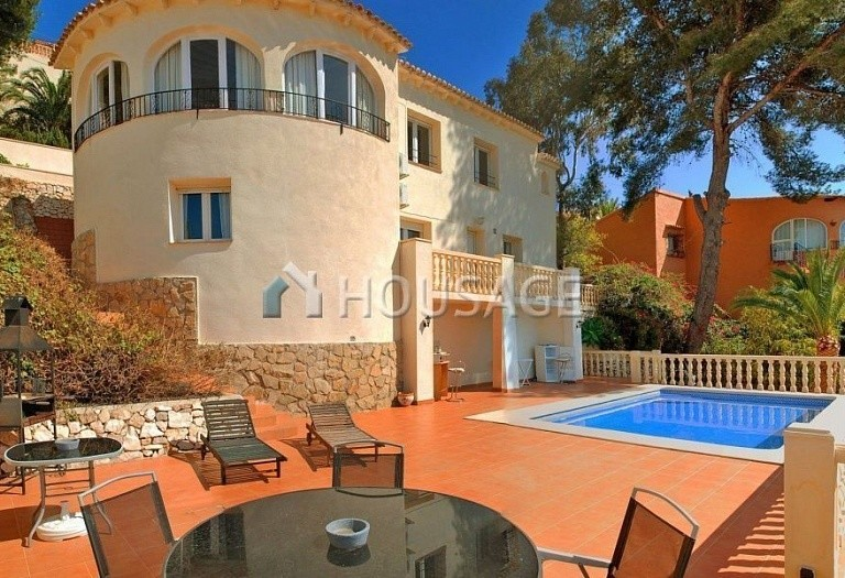 7 bed house for sale in Benisa, Spain, 280 m² - photo 1