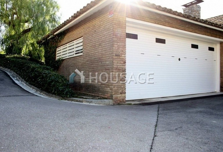 6 bed villa for sale in Premia de Dalt, Spain, 381 m² - photo 17