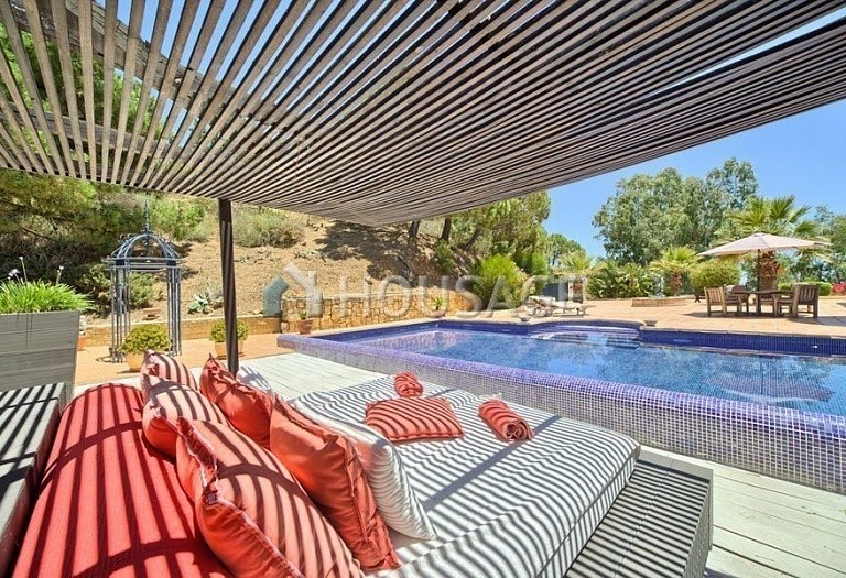 Villa for sale in Estepona, Spain, 560 m² - photo 15