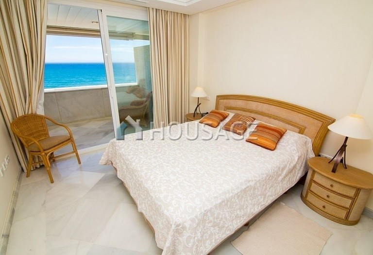Apartment for sale in Marbella Center, Marbella, Spain, 125 m² - photo 6