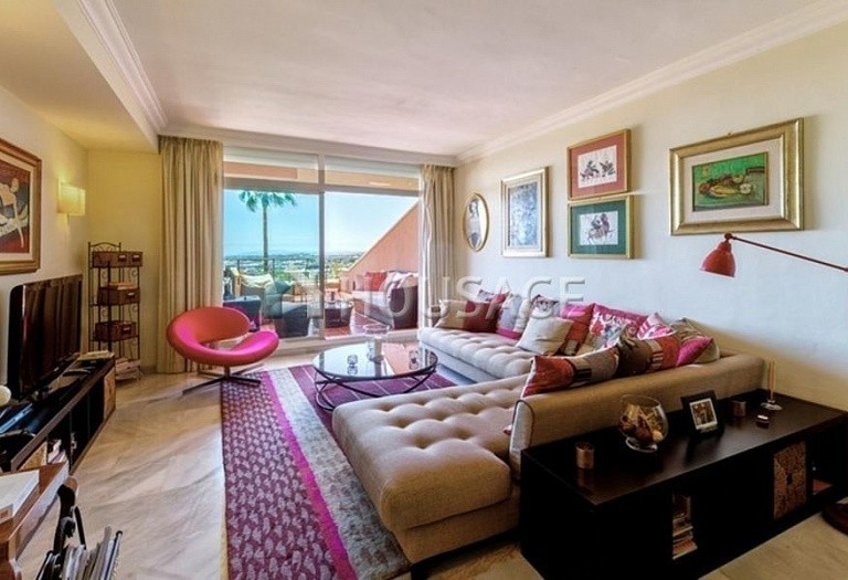 Apartment for sale in Nueva Andalucia, Marbella, Spain, 160 m² - photo 6