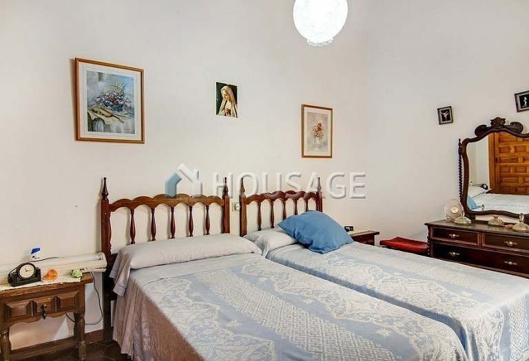 3 bed house for sale in Jalón, Spain - photo 8