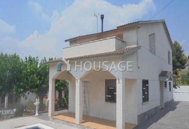 3 bed a house for sale in Piera, Spain, 175 m² - photo 1