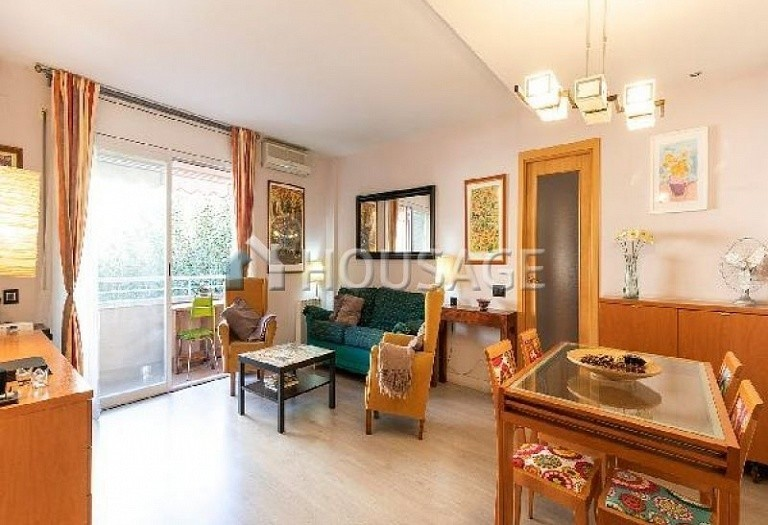 3 bed flat for sale in Sant Joan Despi, Spain, 149 m² - photo 1
