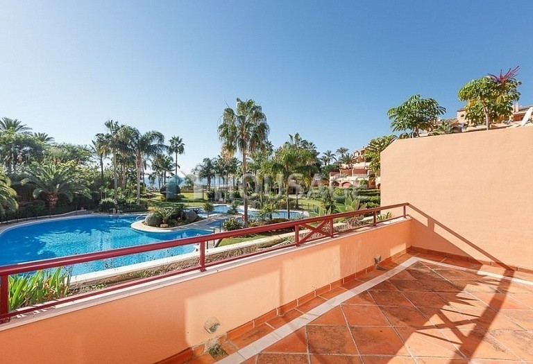 Townhouse for sale in Estepona, Spain, 192 m² - photo 4