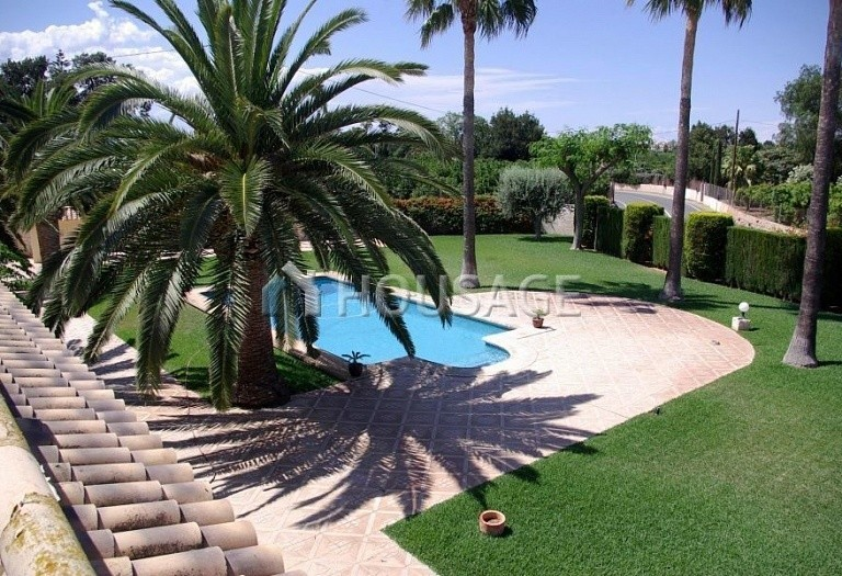 6 bed villa for sale in Denia, Spain, 317 m² - photo 3