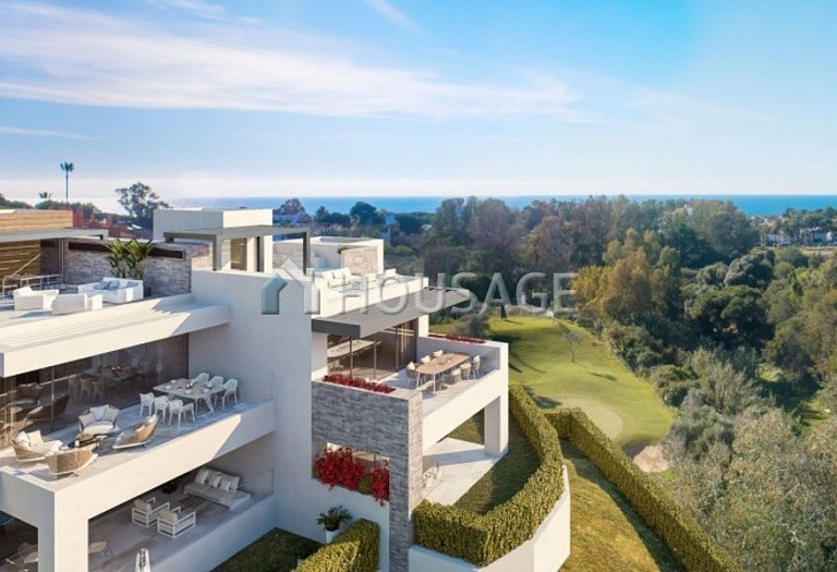 2 bed apartment for sale in Cabopino, Marbella, Spain, 133 m² - photo 2