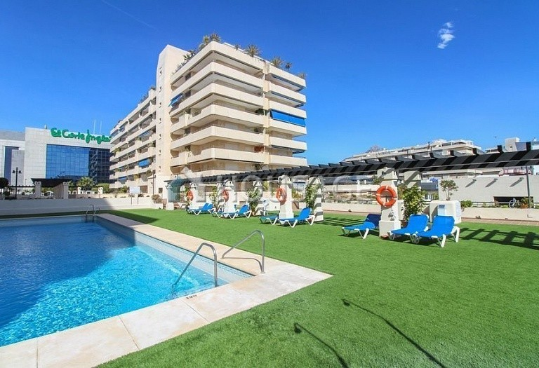 Apartment for sale in Puerto Banus, Marbella, Spain, 180 m² - photo 18