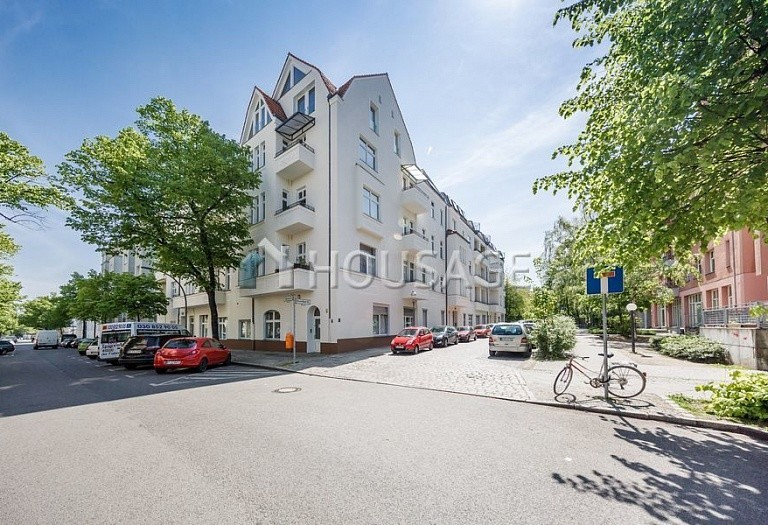 2 bed flat for sale in Neukölln, Berlin, Germany, 104 m² - photo 4
