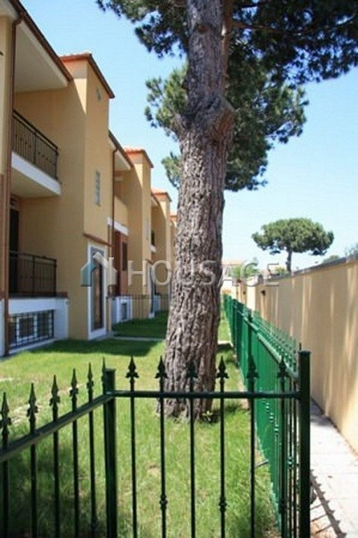 3 bed townhouse for sale in Anzio, Italy, 160 m² - photo 2
