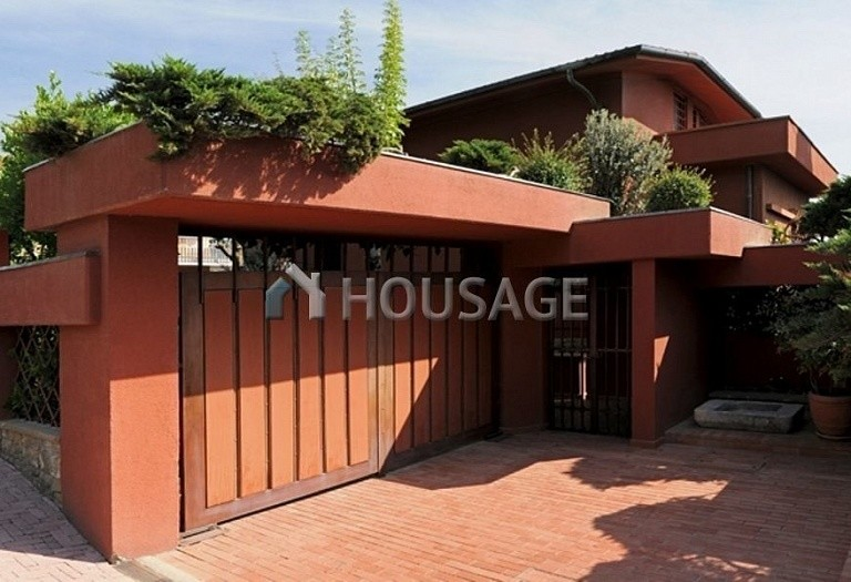 Villa for sale in Montecatini Terme, Italy, 850 m² - photo 2