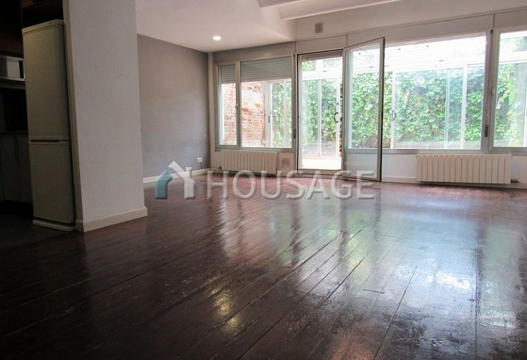 2 bed flat for sale in Barcelona, Spain, 144 m² - photo 12