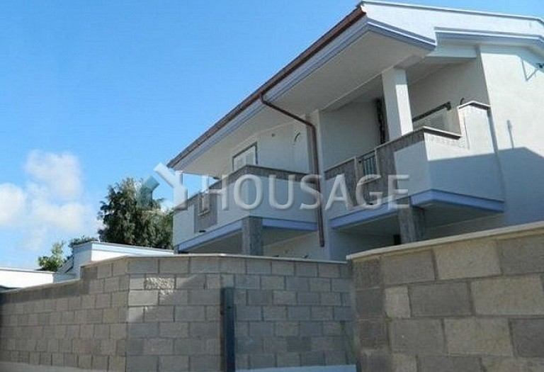 3 bed townhouse for sale in Anzio, Italy, 115 m² - photo 3