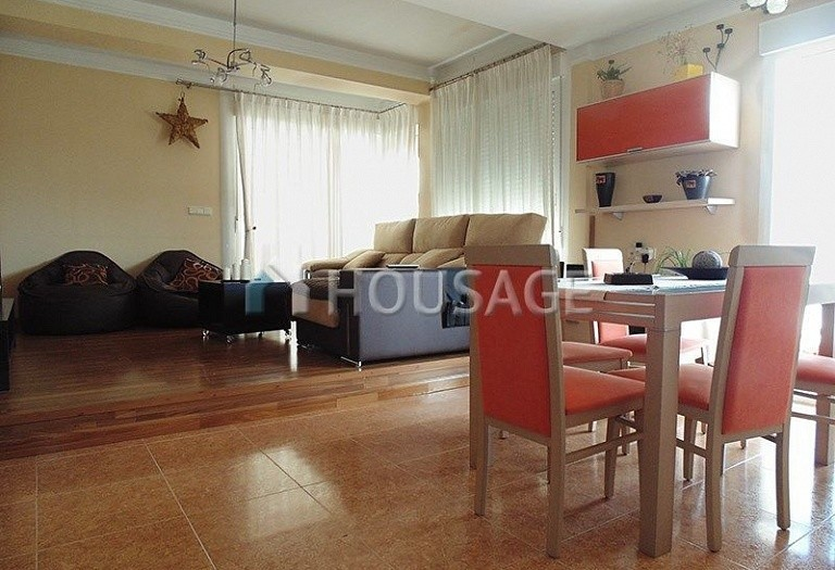 4 bed apartment for sale in Guardamar del Segura, Spain, 110 m² - photo 2