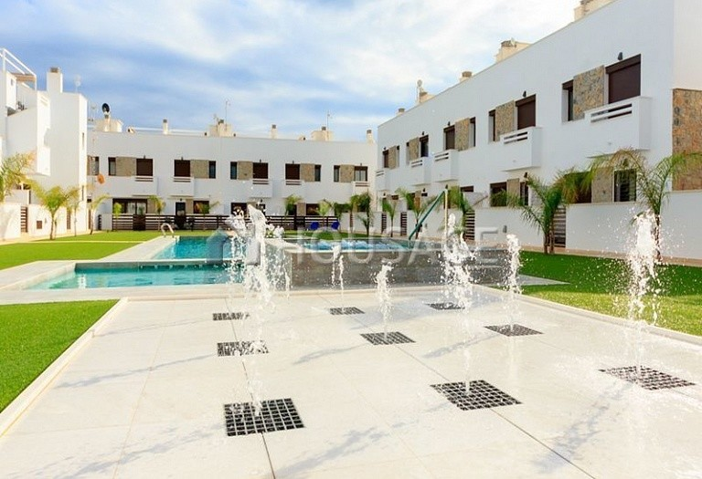 3 bed apartment for sale in Pilar de la Horadada, Spain, 74 m² - photo 1