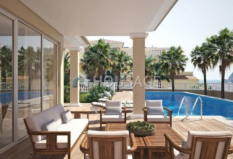 6 bed villa for sale in Calpe, Calpe, Spain, 700 m² - photo 3
