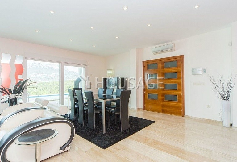 4 bed villa for sale in Calpe, Spain, 324 m² - photo 8