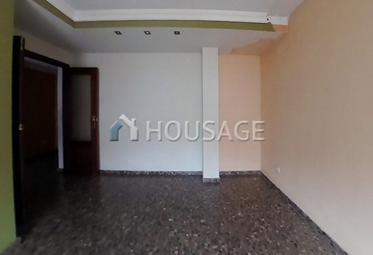 3 bed flat for sale in Valencia, Spain, 90 m² - photo 2