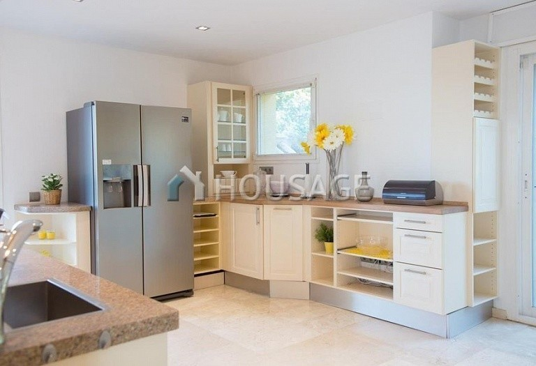 Flat for sale in Rio Real, Marbella, Spain, 282 m² - photo 9
