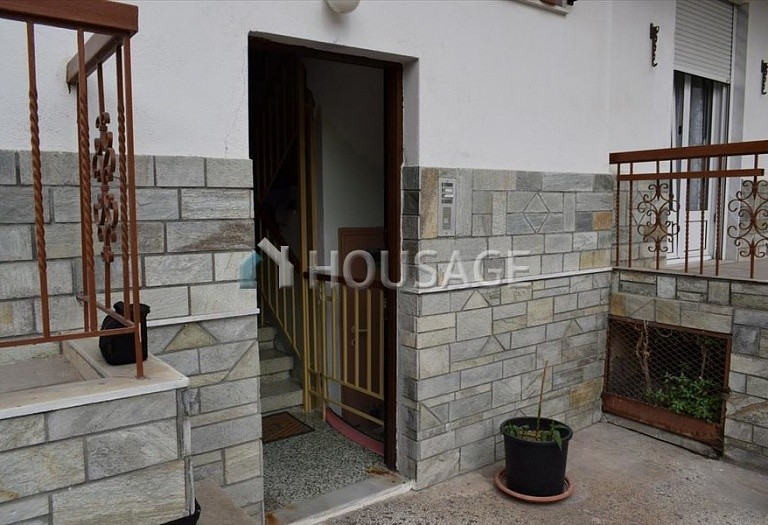 A house for sale in Polichni, Salonika, Greece, 350 m² - photo 4
