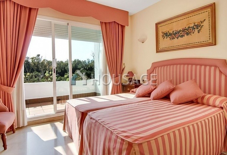 4 bed townhouse for sale in Marbella, Spain, 254 m² - photo 5