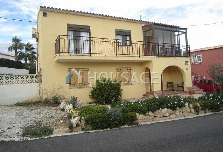 6 bed villa for sale in Calpe, Calpe, Spain, 185 m² - photo 1