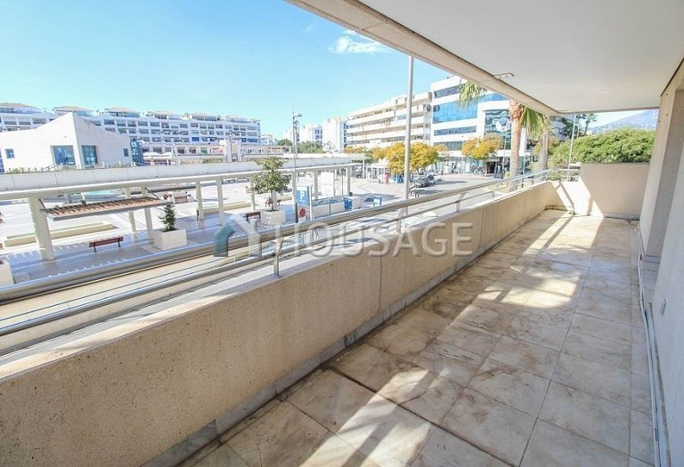 Apartment for sale in Puerto Banus, Marbella, Spain, 180 m² - photo 2