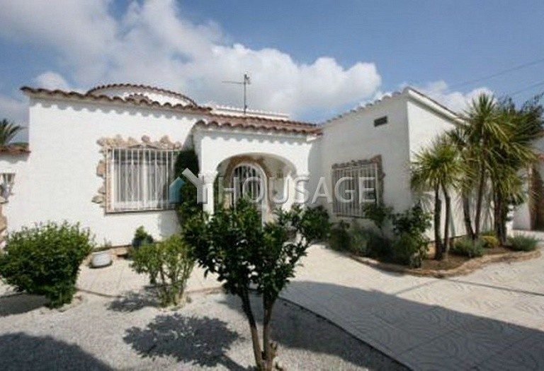 4 bed a house for sale in Rosas, Spain, 201 m² - photo 1