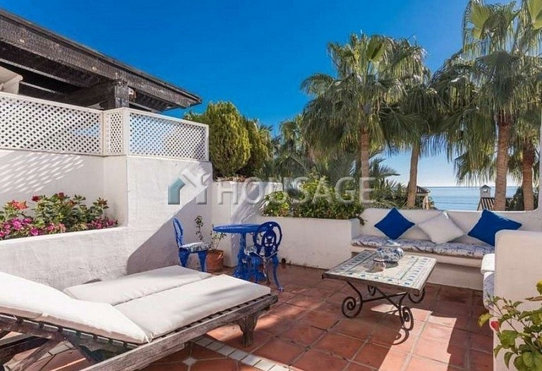 Flat for sale in Marbella Golden Mile, Marbella, Spain, 215 m² - photo 1