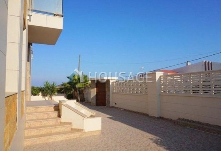 3 bed villa for sale in Torrevieja, Spain - photo 7