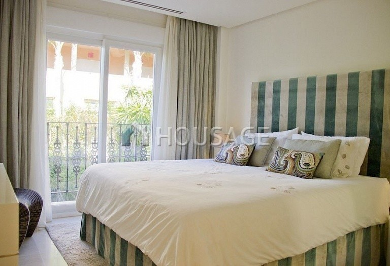 Flat for sale in Nueva Andalucia, Marbella, Spain, 233 m² - photo 5