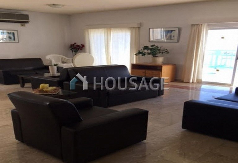30 bed hotel for sale in Chlorakas, Pafos, Cyprus, 2000 m² - photo 2