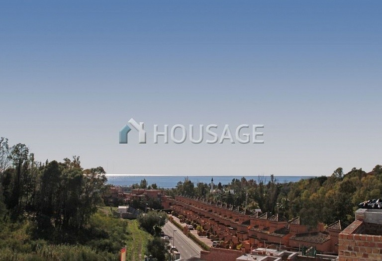 Townhouse for sale in Marbella Golden Mile, Marbella, Spain, 377 m² - photo 2