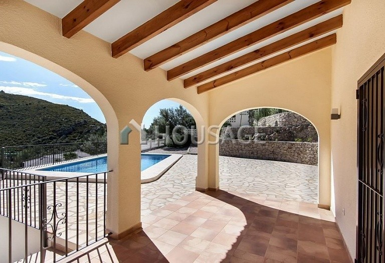 4 bed villa for sale in Alcalalí, Spain, 150 m² - photo 3