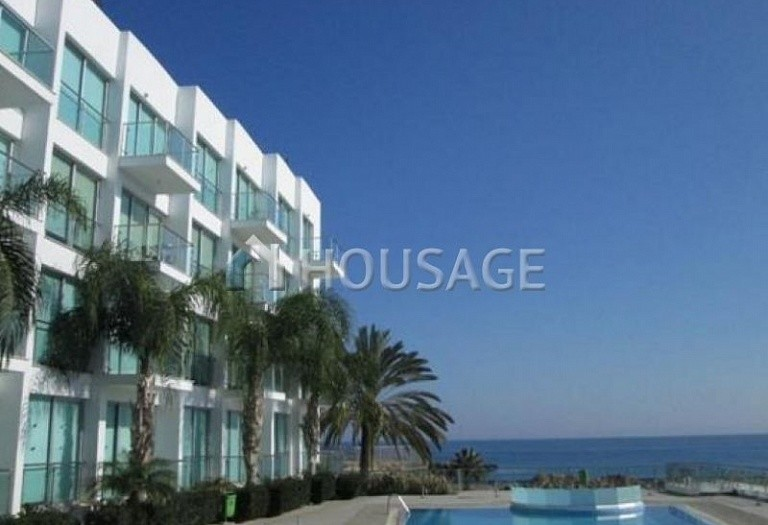 2 bed apartment for sale in Cape Greco, Protaras, Cyprus - photo 2