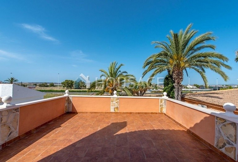 5 bed villa for sale in Torrevieja, Spain, 283 m² - photo 9