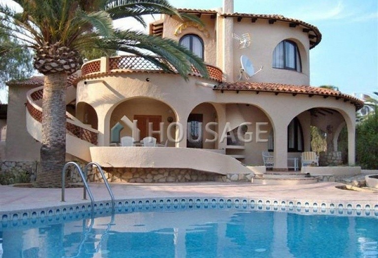 4 bed villa for sale in Calpe, Calpe, Spain - photo 2