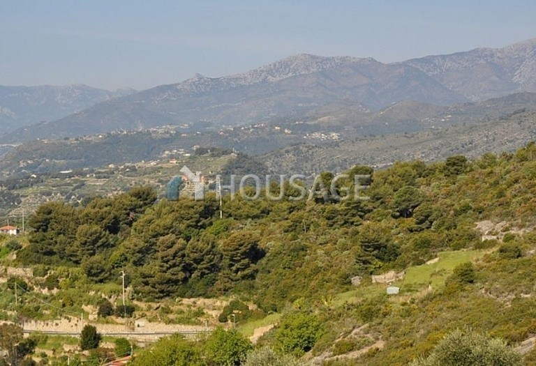 3 bed villa for sale in Bordighera, Italy, 170 m² - photo 2
